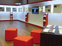 In den Zenec-Stores entspannt über die neuesten Navigations- und Multimediasysteme informieren