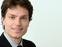 Prof. Dr. Enzo Weber - Forschungsbereichsleiter Prognosen und gesamtwirtschaftliche Analysen am Institut für Arbeitsmarkt- und Berufsforschung (IAB) der Universität Regensburg