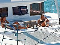 Auf der luxuriösen Yacht gibt es für jeden viel privaten Raum