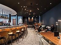 Im gesamten Lobby- und Barbereich hat der renommierte Münchner Interior Designer Peter Buchberger Hand angelegt