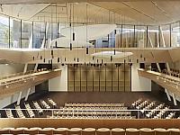Auch für atemberaubende Events geeignet - Konzerthalle auf 1.444 Metern Höhe inmitten Schweizer Bergwelt