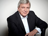 Volker Bouffier, Ministerpräsident Hessen