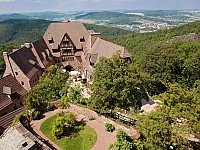 Atemberaubender Blick vom Hotel auf den Thüringer Wald