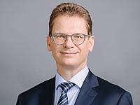 Dr. Ulrich Liebenow, Betriebsdirektor des Mitteldeutschen Rundfunks