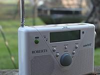 Das Roberts Radio solarDAB ist das erste solarbetriebene DAB+ Digitalradio weltweit