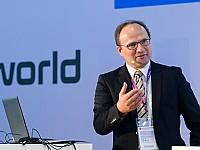 Prof. Dr. Axel Sikora - Wissenschaftlicher Direktor des Instituts für verlässliche Embedded Systems und Kommunikationselektronik (ivESK) an der Hochschule Offenburg