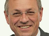S. Schneider, Staatsminister und Leiter der Bayerischen Staatskanzlei