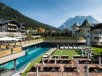 Familux-Hotels präsentieren sich als Mitarbeitermarke mit Weiblick