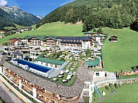 Das STOCK resort liegt inmitten des Zillertales in Tirol