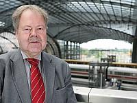 Karl-Peter Naumann, Ehrenvorsitzender beim Fahrgastverband PRO BAHN