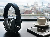 Ungestörter Musikgenuss in Bus, Bahn und Flugzeug mit dem August EP750 dank integrierter Geräuschfilterung