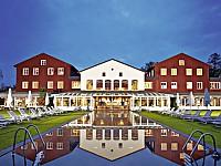 Bleiche Resort und Spa mitten im Spreewald - der Außenpool der Landtherme