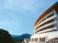 Mit Weitblick über den Nordschwarzwald - Das 4-Sterne-Superior-Hotel liegt am Rande des idyllsichen Bad Herrenalb