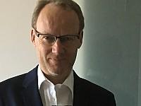 Univ.-Prof. Dr. Hendrik Schröder, Lehrstuhl für Marketing & Handel an der Universität Duisburg-Essen, Campus Essen.