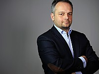 Prof. Dr. Frank Schwab, Professor für Medienpsychologie am Institut für Mensch-Computer-Medien der Julius Maximilians-Universität Würzburg