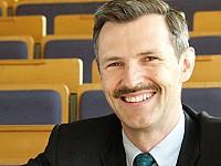 Prof. Dr. Dr. h.c. Stefan Schaltegger - Professor für Nachhaltigkeitsmanagement und Leiter des Centre for Sustainability Management (CSM), Leuphana Universität Lüneburg