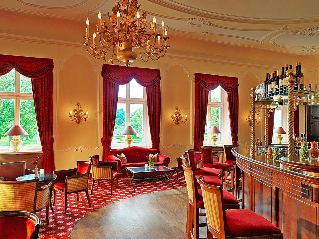 Bar 1842
