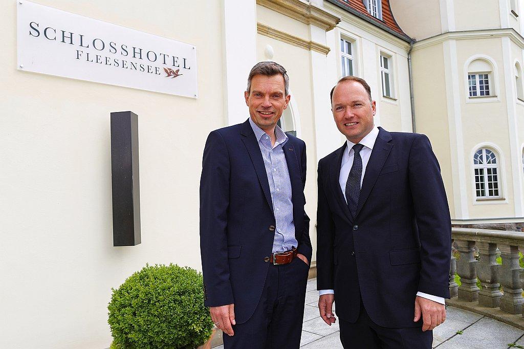 Wolfgang Hilleke und Björn Volz, Geschäftsführer Hotel- und Sportresort Fleesensee