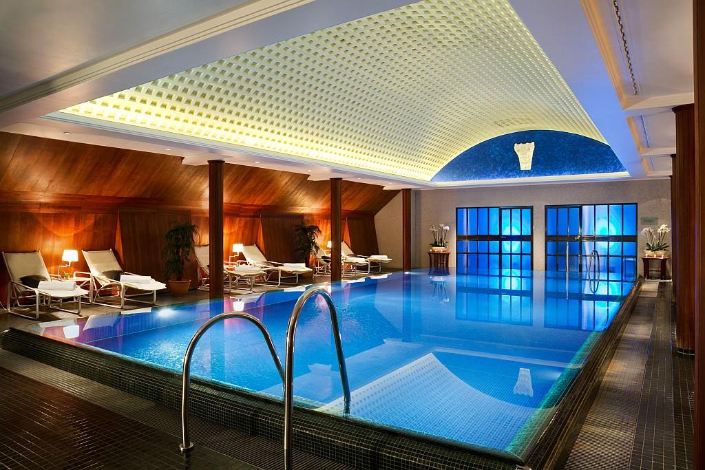Beheizter Pool in der Spa Lounge
