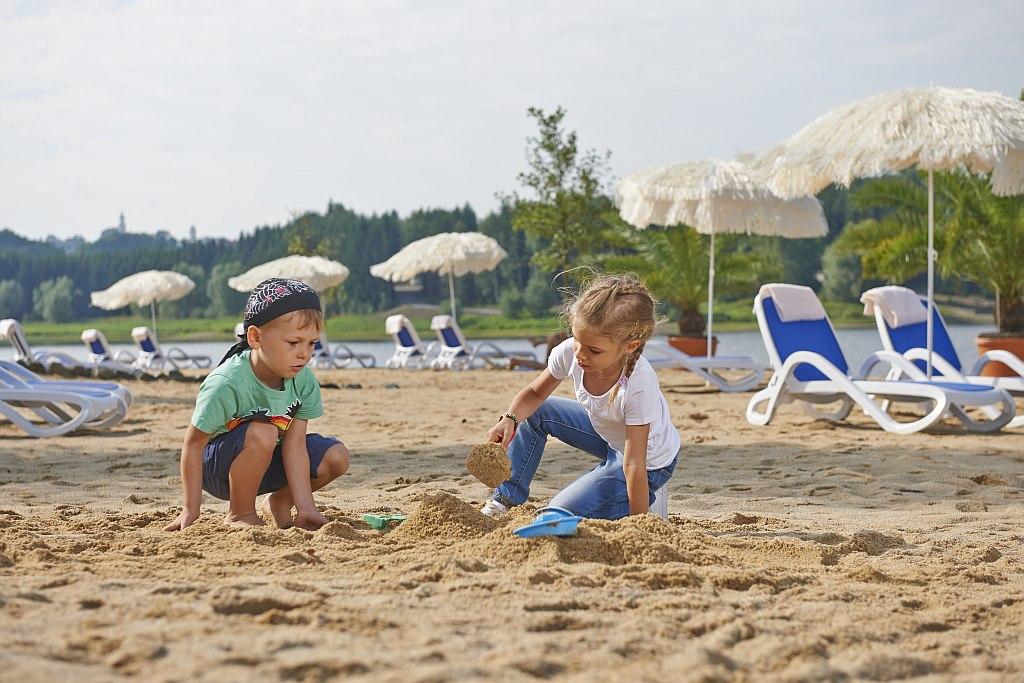Für Kinder ist der direkte Strandzugang ideal.