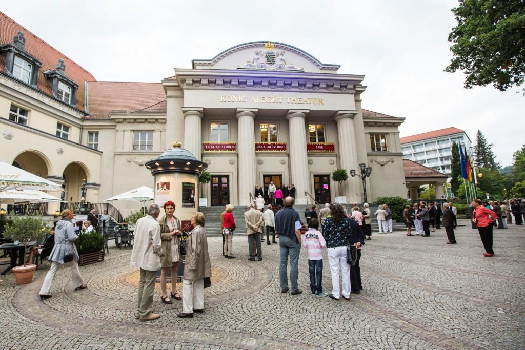 Theaterplatz am König Albert Theater