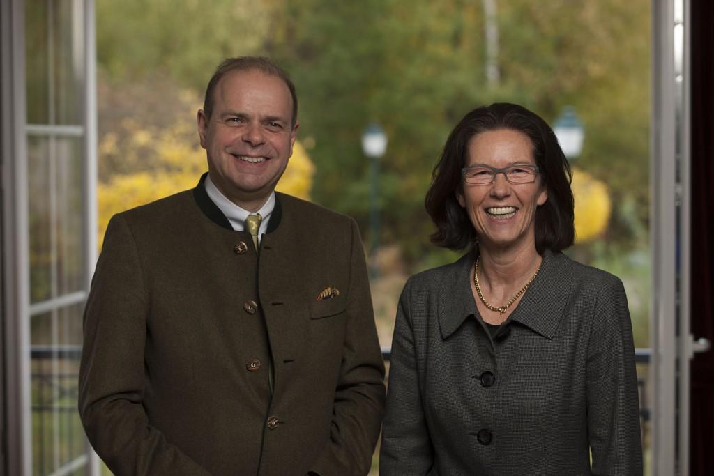 Ritter von Kempski mit Hoteldirektorin, Susanne Kiefer