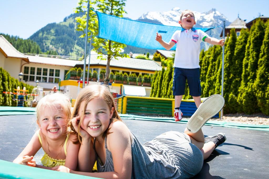 Viel Platz zum Toben für die Kleinen - Der Kinderspielplatz