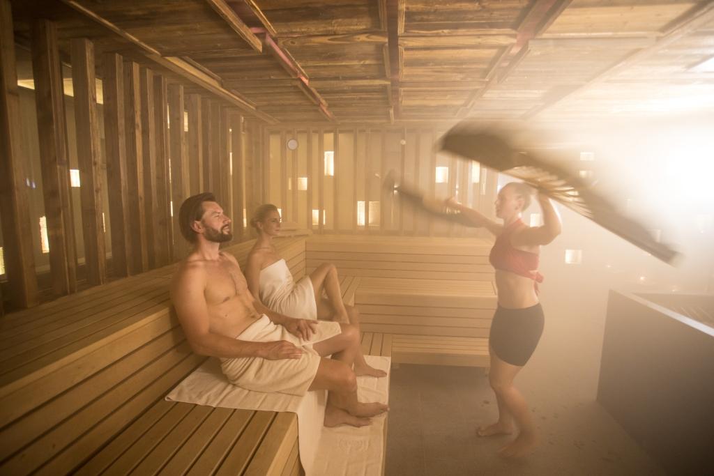 Tägliche Saunaaufgüsse