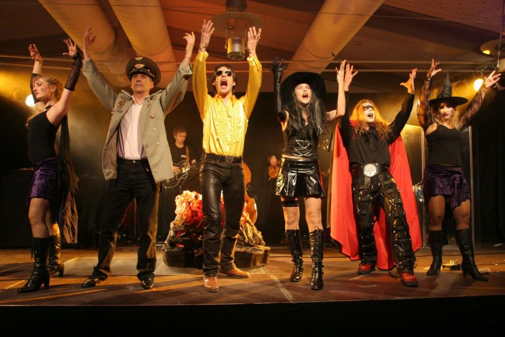 Das Faust-Ensemble begeistert das Publikum