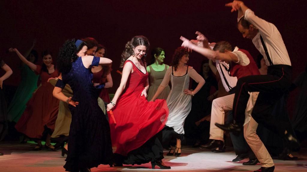 Die Oper Carmen zur Eröffnung: mit Patrizia Häusermann und Ensemble