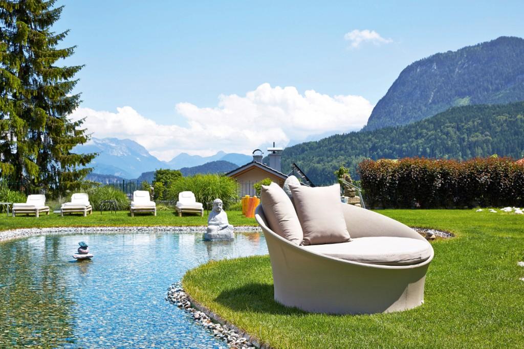 Engergiegarten mit Blick über die Alpen