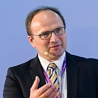 Prof. Dr. Axel Sikora