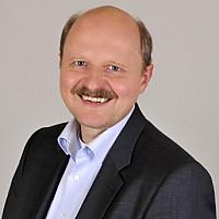 Dr. Roland Scheble