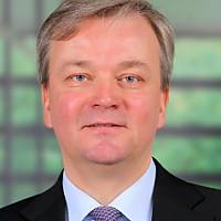 Dr.  Andreas Gentner