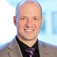 Dr. Roland Stahl