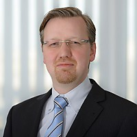 Dr. Christoph  Runde